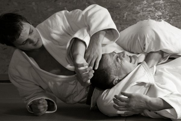 Grappling and Ground Fighting